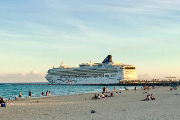 cruise ship miami port