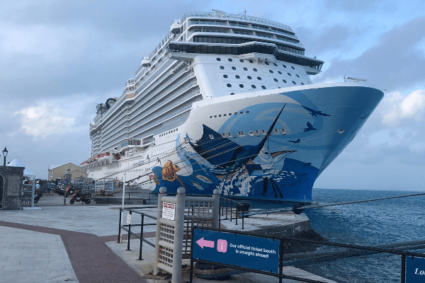 Bermuda Dockyard King's Wharf Norwegian Escape