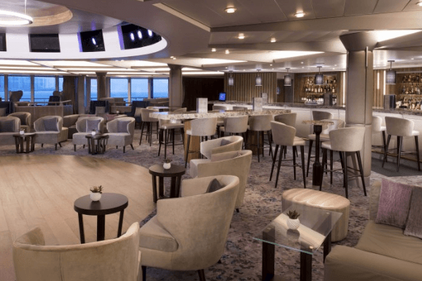 celebrity summit rendez vous lounge