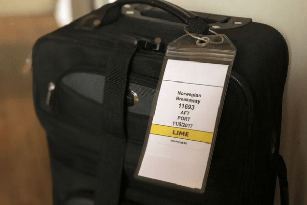 luggage and luggage tags