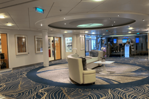 Celebrity Summit emporium 6 x 4
