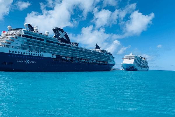 cruise ships in Bermuda at Dockyard