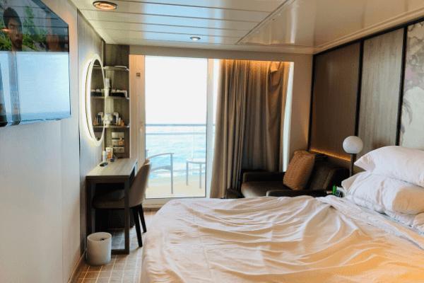 cruise balcony cabin