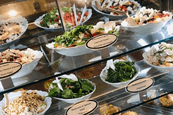 Cruise food International Cafe