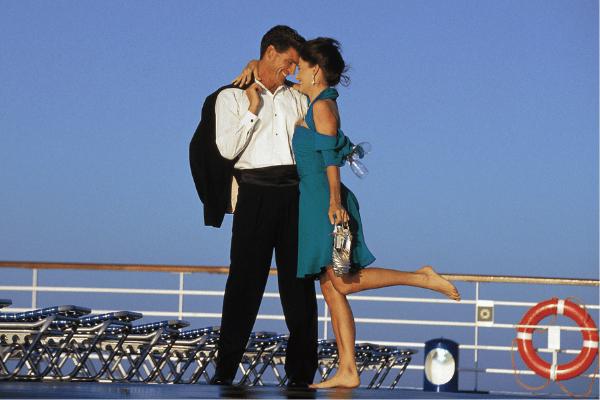 cruise couple formal night