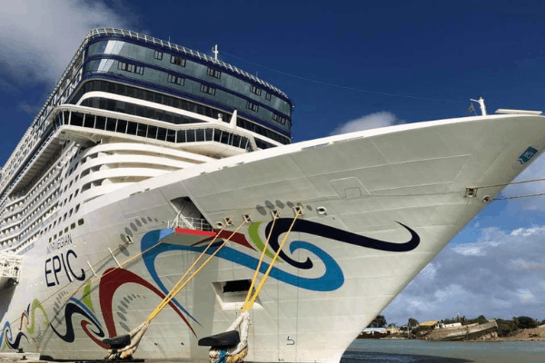 What to Wear on a Norwegian Cruise