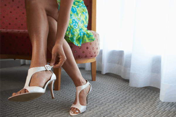 what not to wear on a cruise - uncomfortable shoes