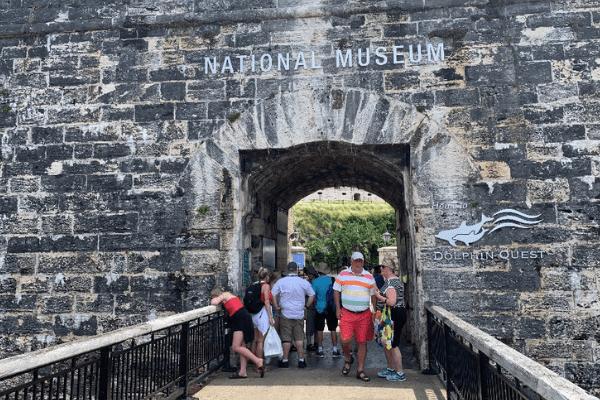 Bermuda Dockyard National Museum & Dophin Quest